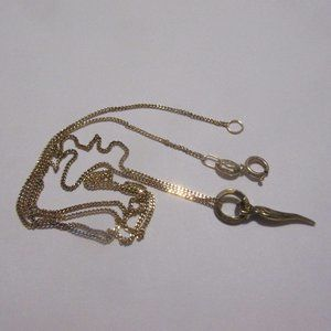 10k gold chain necklace with horn charm pendant